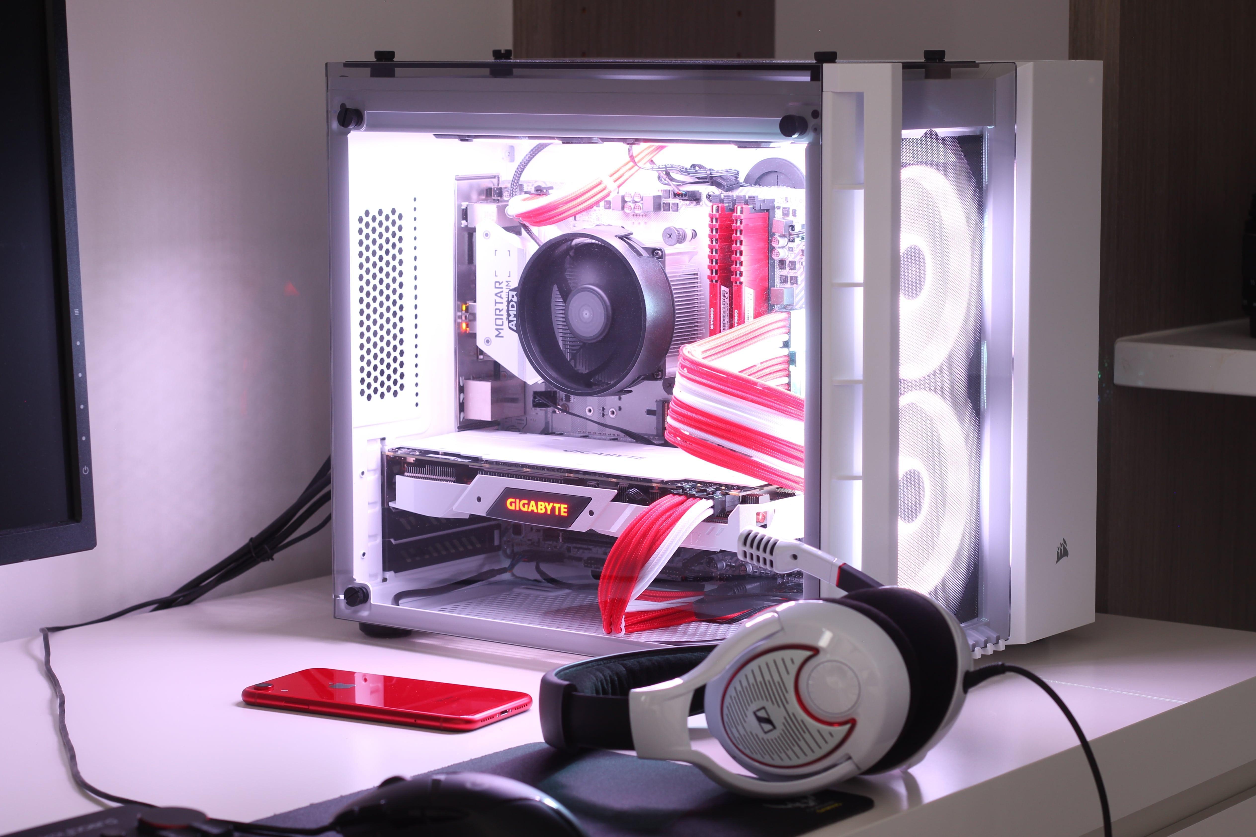 My Late 2018 Red + White Gaming PC Build · code.Antrikshy